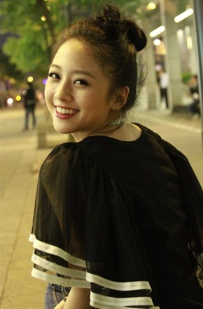 主演:何炅,撒贝宁,白敬亭,王鸥,吴映洁,大张伟