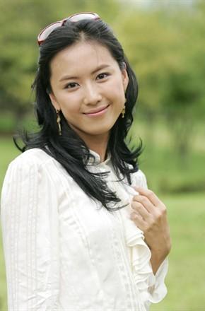 主演:金叡园,申宝拉,金九拉,洪恩熙,金亨石