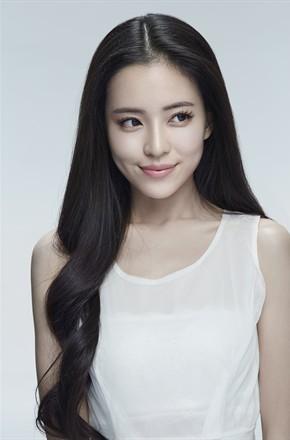 主演:温心,周游,周雨彤,刘颖伦,鲁筱冉,关晓彤