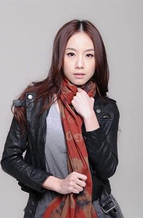 主演:何炅,,钟欣潼,,蔡卓妍,,邓丽欣,,马丽