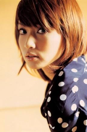 主演:长谷川京子,玄理,大政绚,篠田麻里子